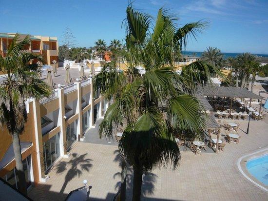 Caribbean World Thalasso Djerba - Lookéa Playa Djerba : Vue sur le restaurant depuis la chambre