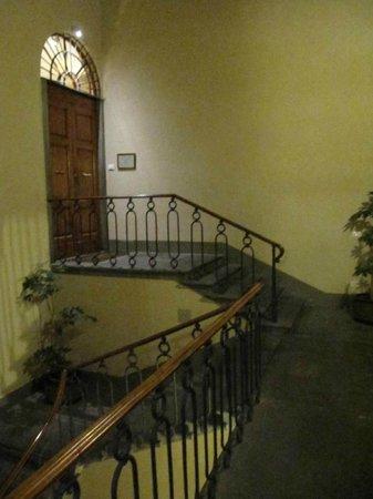 Hotel Palazzo Guadagni: entrata hotel 2 piano