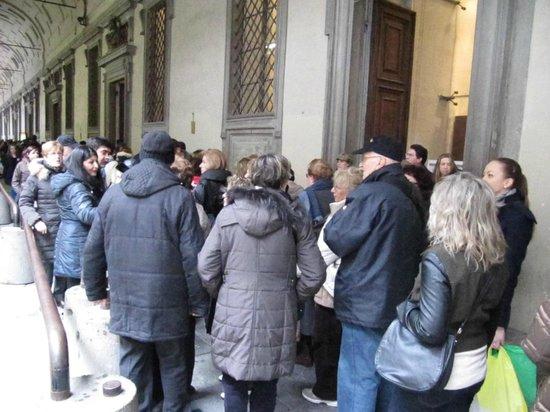 Hotel Palazzo Guadagni: prenotate ticket o-70 min di coda per fare il biglietto-uffizi