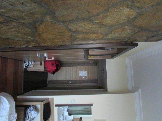 Lara Hotel Antalya: Eingangsbereich