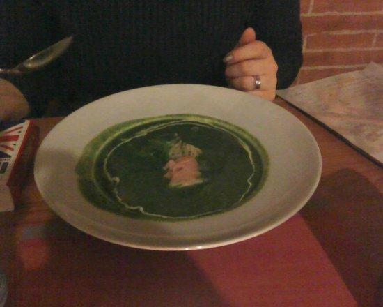La Torretta: Zuppa spinaci e salmone