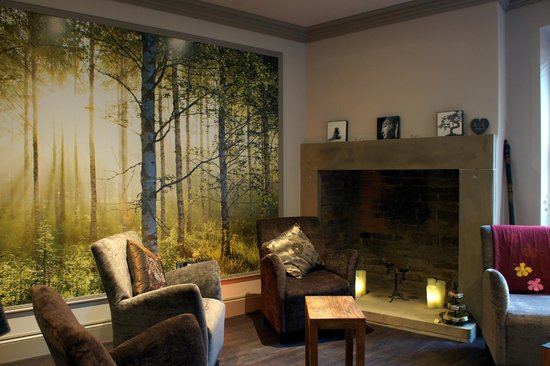 Alexandra House Holistic Health & Wellbeing Spa: Retail therapy room