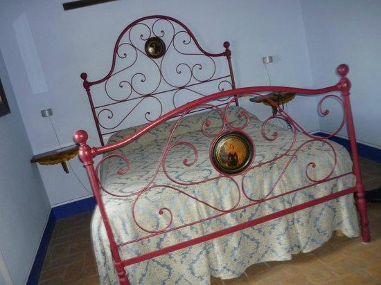 Poderi Arcangelo Agriturismo Farmhouse: Stanza da letto