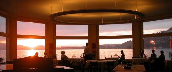 Hotel Terrasse Am See: Hotelrestaurant Rondel  Abenstimmung