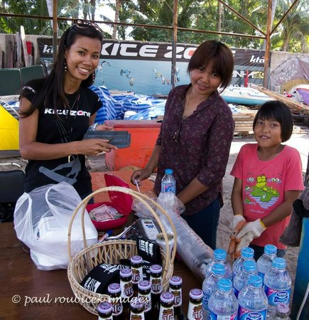 Kite Zone Phuket : Cold drink anyone ?