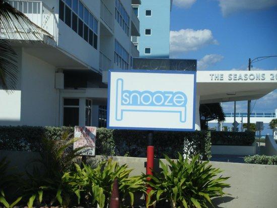 Snooze signage