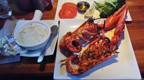 Fishbar Manhattan Beach Seafood Restaurant: Live Maine Lobster,  grilled to perfection.