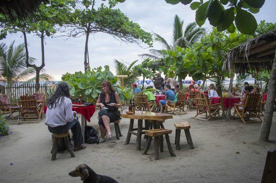 Hotel Bambu: Outdoor seating optional. Great for sunset watching!
