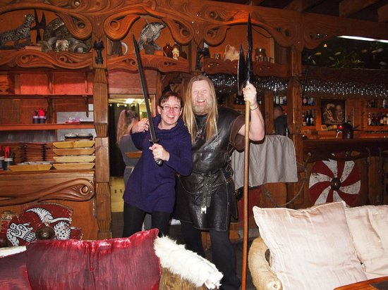 Viking Village Hotel: Viking!