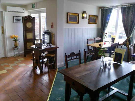 The Steam Packet: Dining area