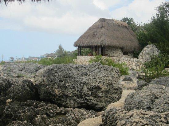 Tensing Pen Resort : Rock Cottage 1