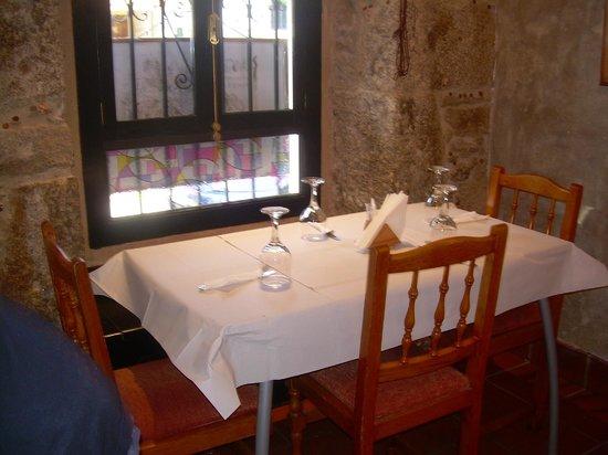 Restaurante Tarará: Primera mesa al entrar