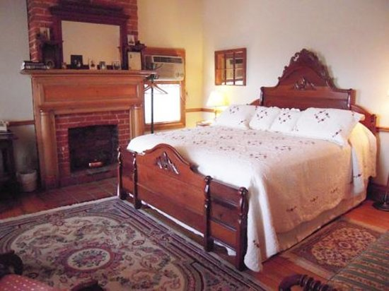 Patchwork Inn: Oak Room 4 - The Lincoln Room