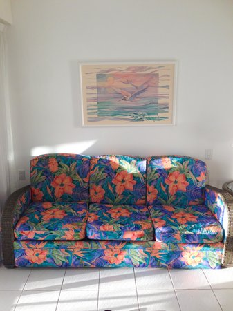 Simpson Bay Resort & Marina : our rather dated guest room from 1984
