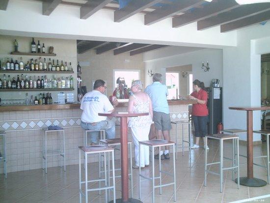 Piccolo Mundo: The bar area