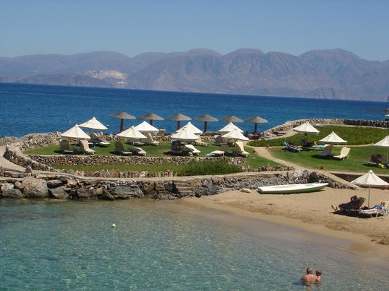 Elounda Mare Relais & Chateaux hotel: Elounda Mare's private and secluded beach in Crete