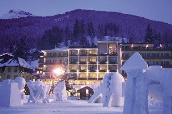 winter in grindelwald picture of hotel kreuz post grindelwald tripadvisor. Black Bedroom Furniture Sets. Home Design Ideas