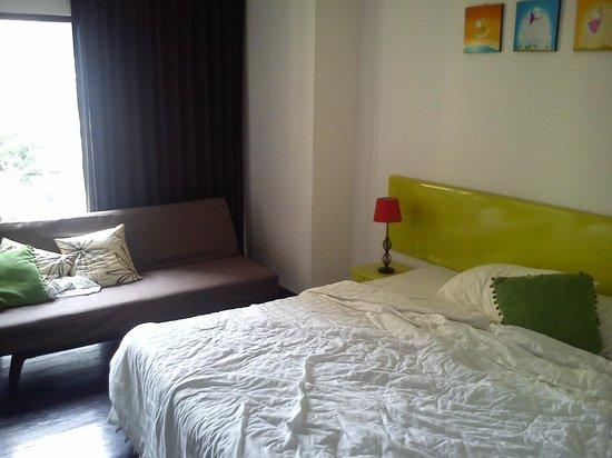 Astera Sathorn: cama de 1,50cm y sofacito