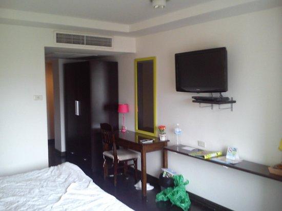 Astera Sathorn: habitación
