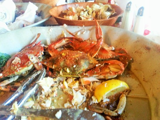 Peck's Old Port Cove : Steamed crabs