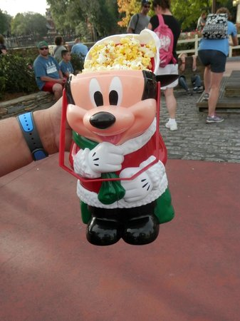 Magic Kingdom : Micky popcorn bucket