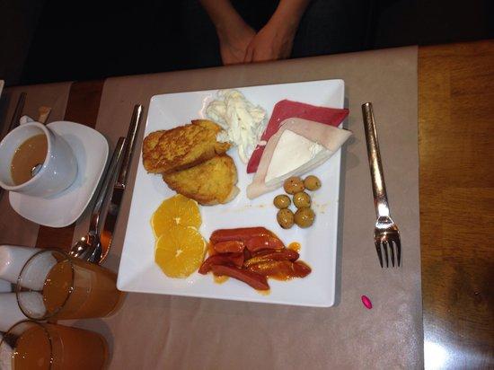Hotel Seraglio: Breakfast