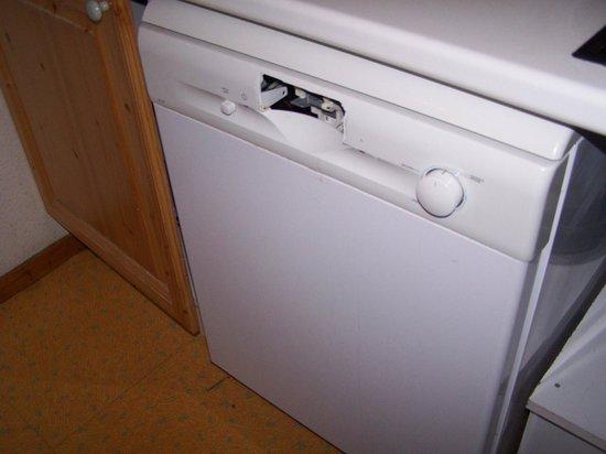 Résidence Les Roches Fleuries : lave-vaisselle