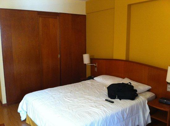 Hotel Moncloa : Quarto vista 2