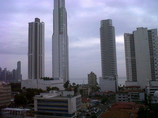 Bahia Suites Hotel: Vista desde la habitación.