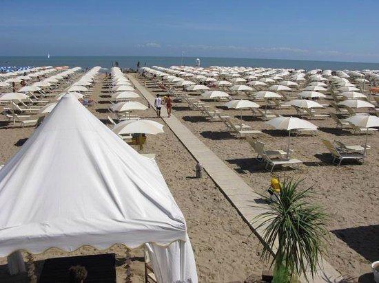 Hotel des Bains: Spiaggia