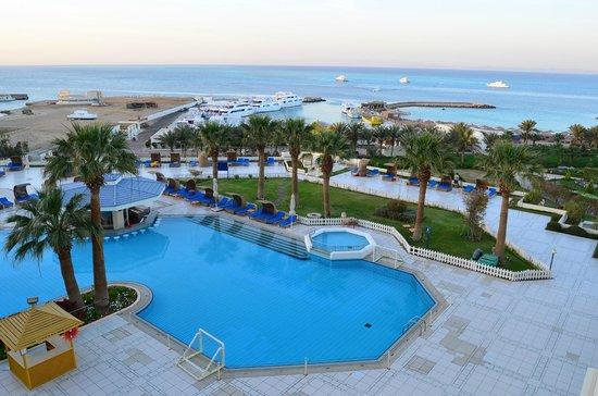 Hilton Hurghada Plaza: Вид из окна