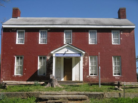 Charlestown, Индиана: Circa 1811 National Register Historic Home
