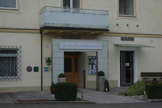 Kneipp Traditionshaus Bad Mühllacken: Eingang