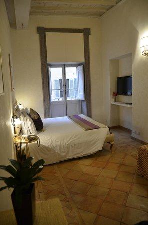 Residenza Frattina : Vista da cama
