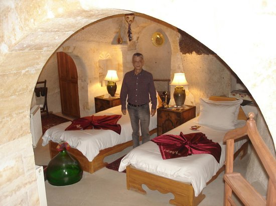 Sleeping in a cave at Museum Hotel in Kapadokya