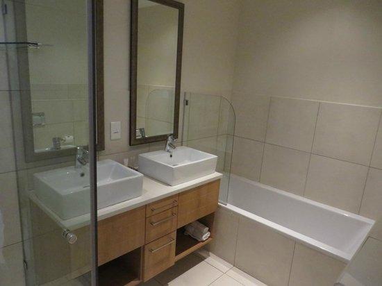 Premier Resort The Moorings (Knysna): The bathroom