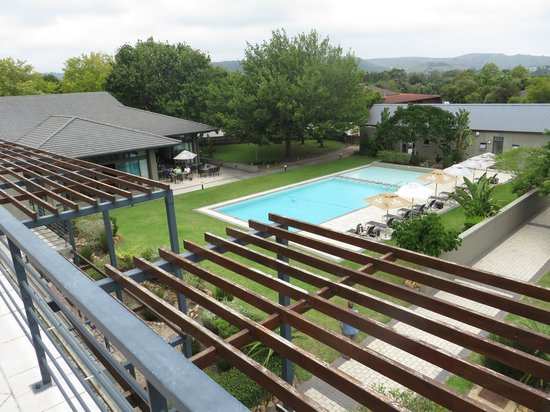 Premier Hotel Knysna – The Moorings: The Pool Area