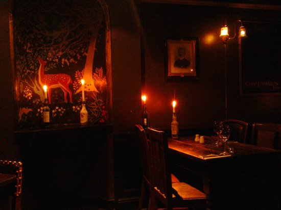 The gas-lit restaurant at the Guy Fawkes Inn
