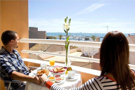 Hotel Cristina: VISTAS AL MAR