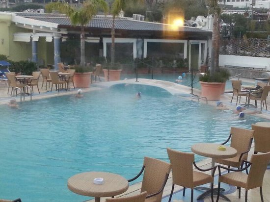 Sorriso Thermae Resort & Spa: Al bar in piscina