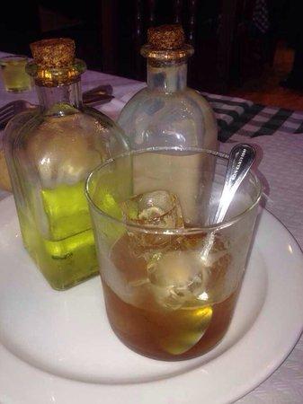 El Trisquel : Café y chupito