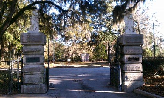 Bonaventure Cemetery: Cemetery entrance