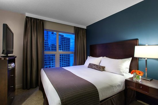 Auberge Vancouver Hotel Reviews