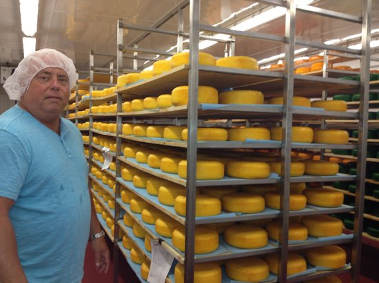 Accent on Wine is visiting cheesemaker Brian from Yancy NY