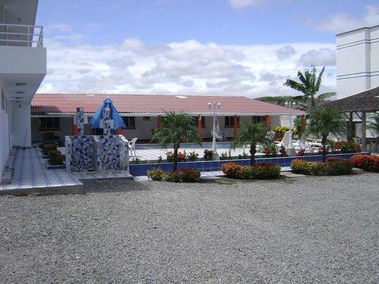Hosteria Costa de Oro: un excelente y amplio parqueadero