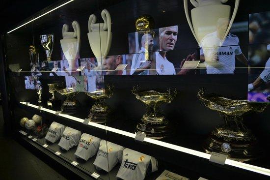 Estadio Santiago Bernabéu: Sala de Trofeus