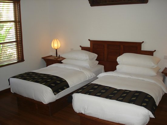 Belmond Governor's Residence: Two single beds at Governor's Residence suite in Yangon