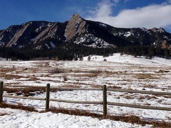 Chautauqua Cottages : View of the Flat Irons from our cottage