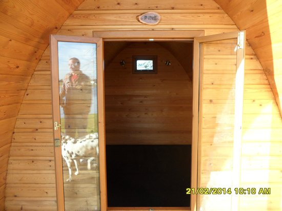 Dacre Lakeside Park: inside a pod