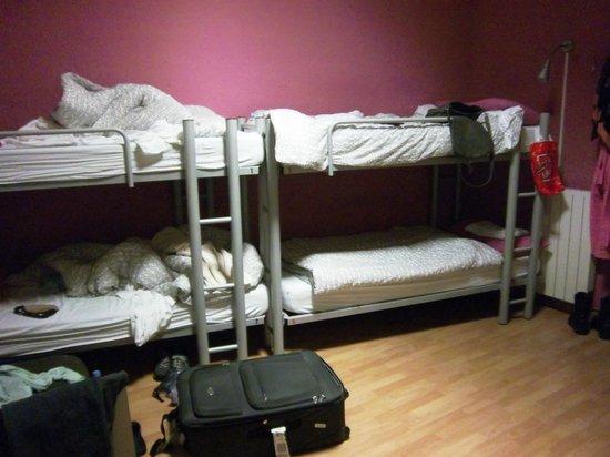 Itaca Hostel : 6 Bed Room
